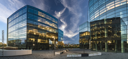 Cuadros en Lienzo Modern office buildings