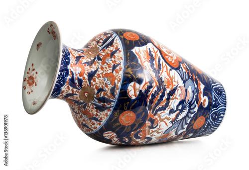 Fotografie, Obraz  antico vaso cinese su fondo bianco