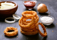 Crunchy Fried Onion Rings