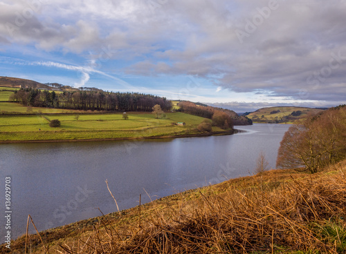 Fotografie, Obraz  Late winters day at Ladybower reservoir, Upper Derwent valley, Derbyshire, UK