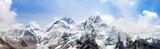 himalaje, Mount Everest z pięknym niebem - 136978980