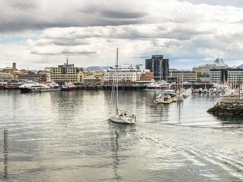 Foto auf AluDibond Stadt am Wasser Harbor of Bodø, Nordland, Norway