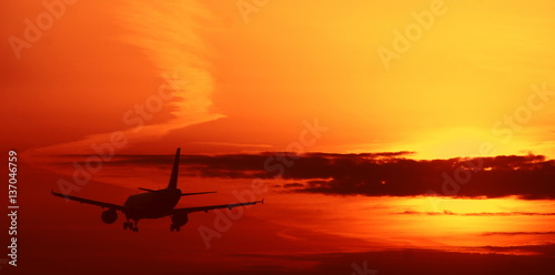 Fotografia, Obraz  Sunset aircraft