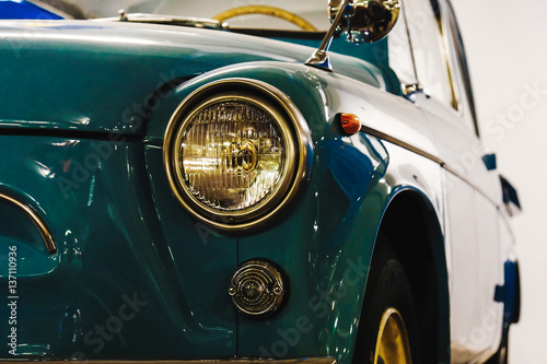 Keuken foto achterwand Vintage cars headlight of a vintage car