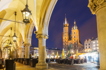 Fototapeta na wymiar Krakow market square at night, Poland, Europe