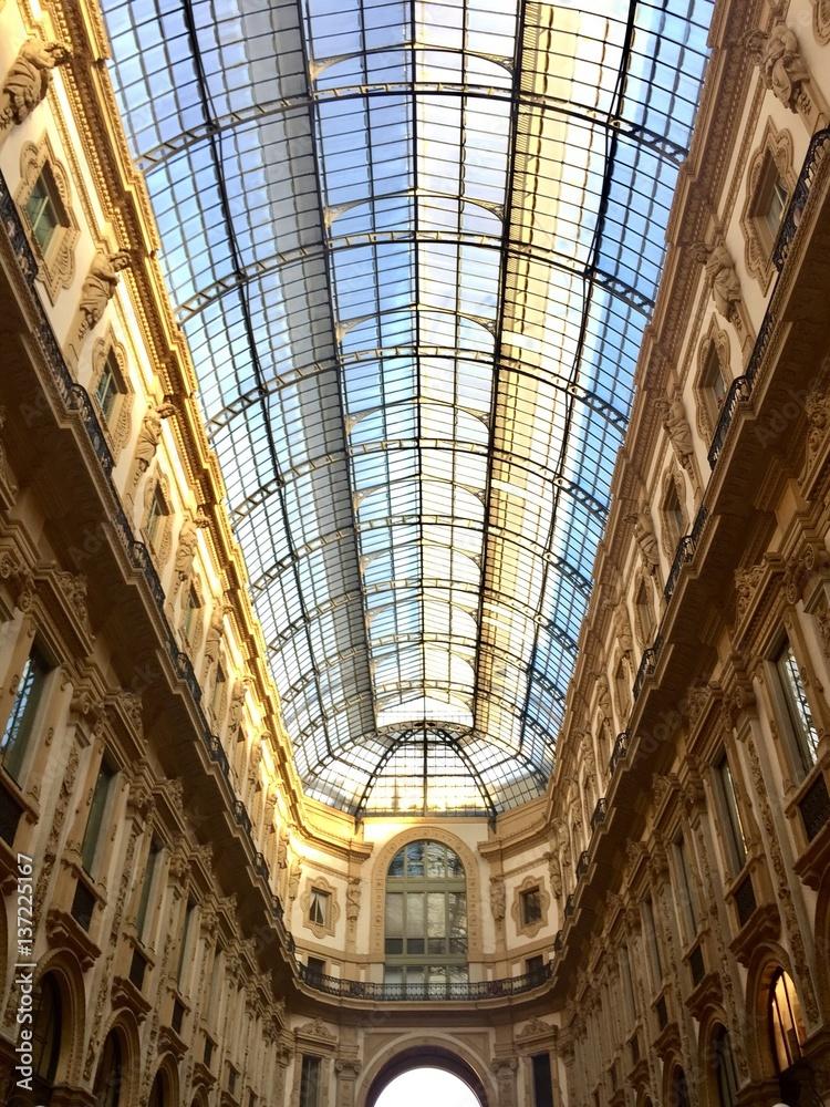 Milano, la Galleria Vittorio Emanuele Foto, Poster, Wandbilder bei ...