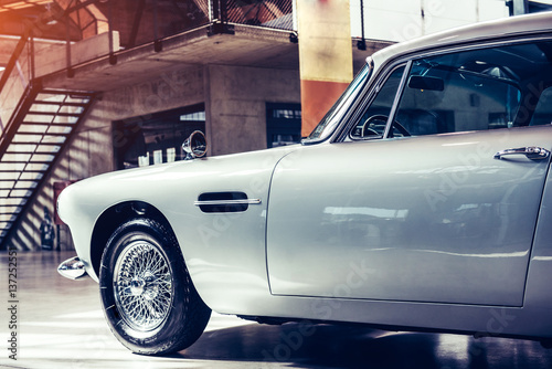 Foto Beautiful retro silver car at the show Some