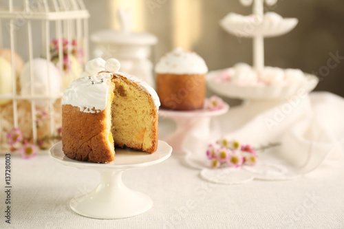 Poster Easter cake with raisins on light blurred background