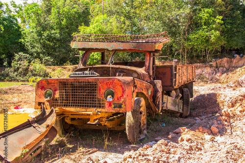 Fotografie, Obraz  red old truck