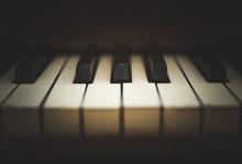 Upright Piano Keyboard Or Pian...