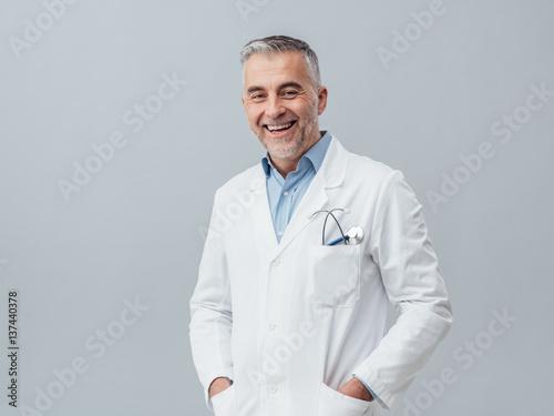 Fotografia Cheerful doctor posing