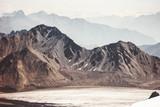Góry Krajobrazowy podróży widok z lotu ptaka spokojna sceneria dzika natura - 137450553