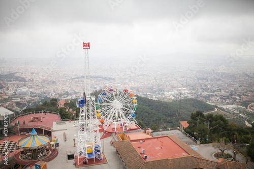 Papiers peints Attraction parc Ferris wheel Panorama city