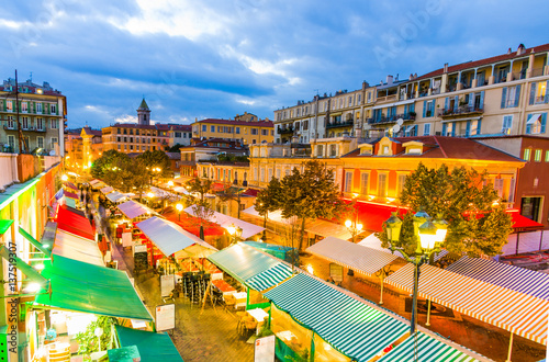 Cuadros en Lienzo Cours saleya at night, Nice France