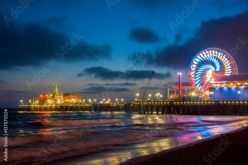 Zdjęcie XXL Noc Los Angeles, diabelski młyn w Santa Monica. Kalifornia