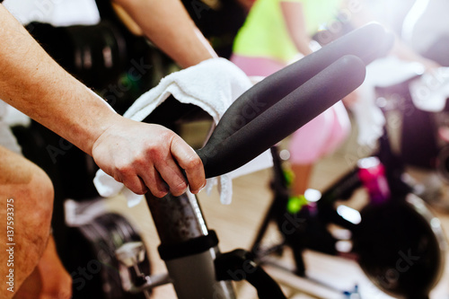 Staande foto Fietsen cycling indoors workout