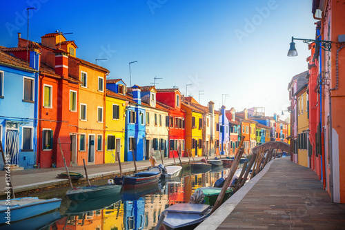 Photo Stands Venice Colorful houses in Burano, Venice, Italy