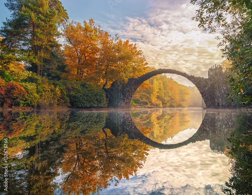Valokuvatapetti Rakotzbrücke
