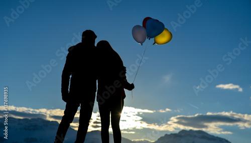 Fotografie, Obraz  sevgililerin günbatımı izlemesi