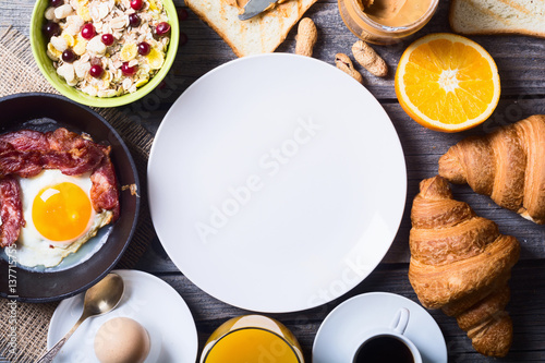 Photo  Breakfast with eggs