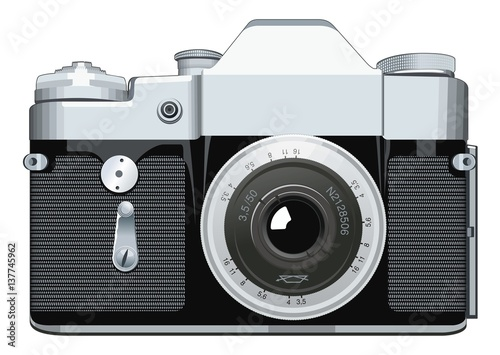 Camera Vintage Vector Free : Realistic vintage reflex camera vector illustration on white