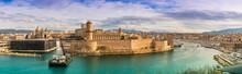 Marseille Depuis Le Jardin Du Pharo, Bouches-du-Rhône, Provence, France