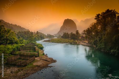 Foto  Lao karst mountains