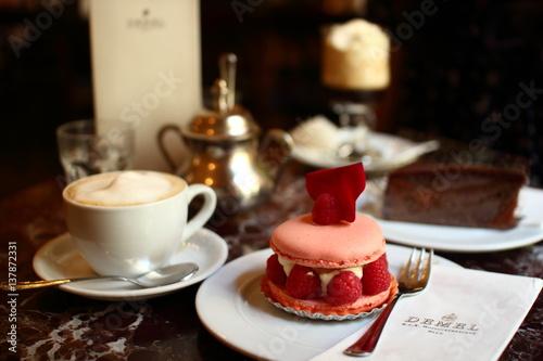 Fototapeta Cafe DEMEL Macaroon