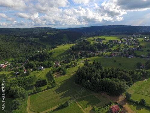 Plakat Widok z lotu ptaka krajobrazowe góry w lecie