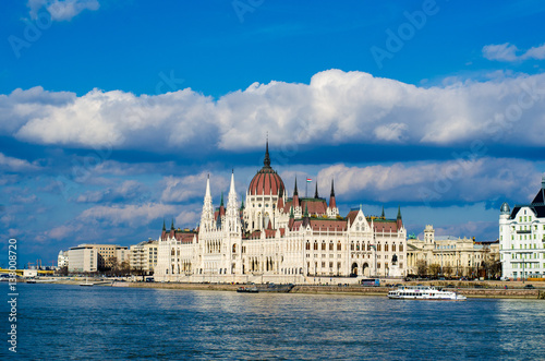 Fotografia  Parliament building in Budapest, Hungary