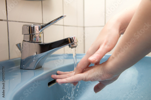 Zdjęcie XXL Umyć ręce