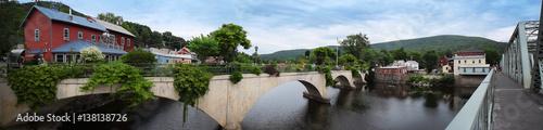 Photo  Bridge of Flowers