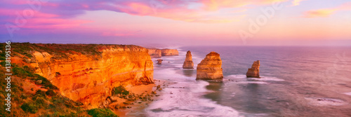 Fotografía  The 12 apostles on the Great Ocean Road in Victoria, Australia
