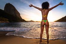Sexy Brazilian Girl In Bikini ...