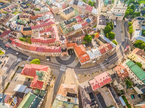 Fototapeta Lublin - stare miasto z lotu ptaka. Atrakcje turystyczne lublina - widok z powietrza. obraz na płótnie