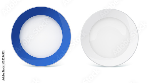 Cuadros en Lienzo Porcelain plates with reflexes and reflections on white background, closeup