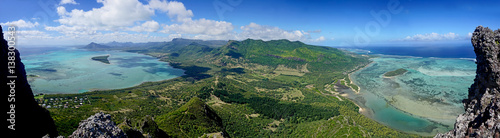 Photo Panorama view from Le Morne Brabant mountain a UNESCO world heritage site  Mauri