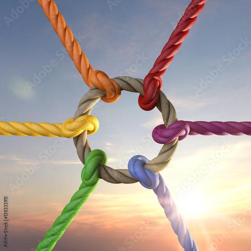 Photographie Seile mit Knoten als Symbol für Zusammenhalt