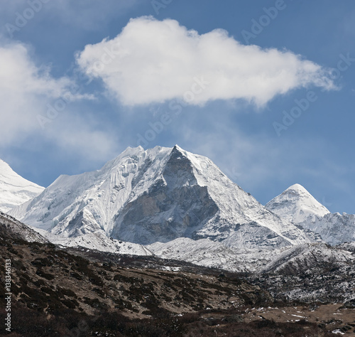 Fényképezés  Island peak (6189 m) in district Mt. Everest - Nepal, Himalayas