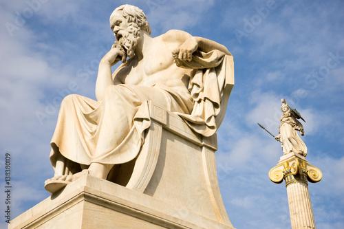 Zdjęcie XXL Marmurowa statua starożytnego greckiego filozofa Sokratesa.