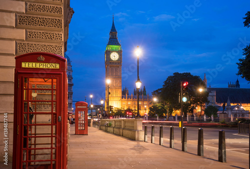 Papiers peints Con. ancienne Big BenBig Ben and Westminster abbey in London, England