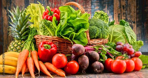 Deurstickers Keuken Assorted raw organic vegetables