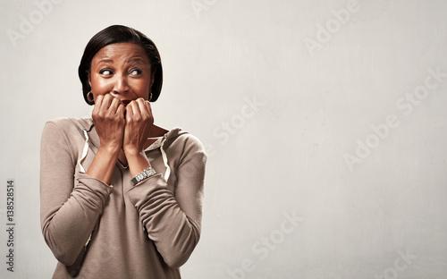 Scared black woman. Canvas-taulu