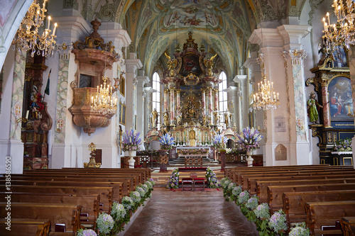 Kirche Blumen Hochzeit Buy This Stock Photo And Explore Similar
