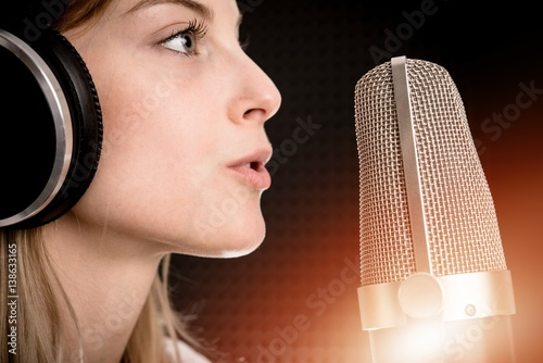 Plakat Nagrywanie głosu Radio Concept
