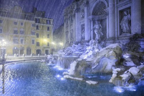 Canvas Prints Light pink Il Colosseo e altri monumenti di Roma. Una città piena di storia.