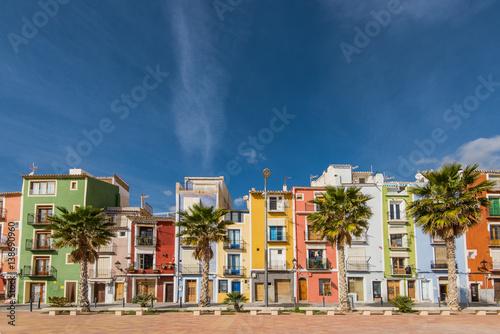 Foto  Colorful houses in Villajoyosa in Spain