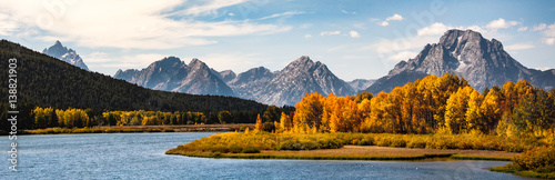 Foto auf AluDibond Himmelblau Grand Tetons in the Fall