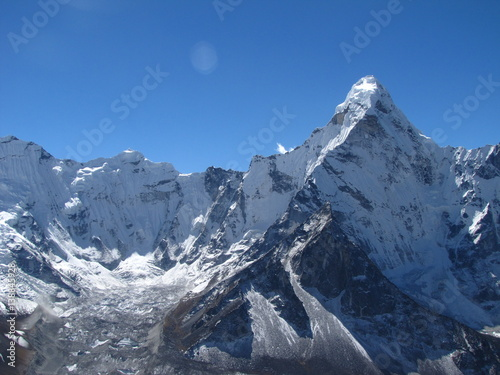 Foto op Canvas Nepal Pointed Mountain Ama Dablam