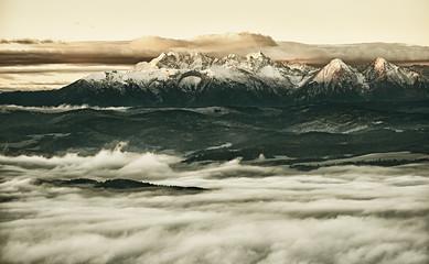 Obraz na SzklePanorama Tatr Bielskich z szczytu Trzech Koron